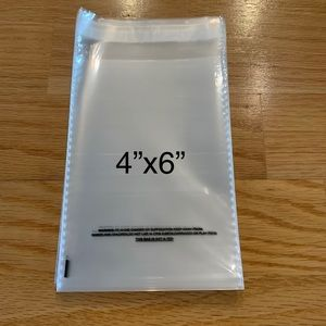 "Other - 4""x6"" Suffocation warning clear self seal poly bag"
